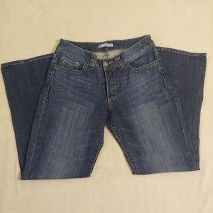 Lee Jeans.